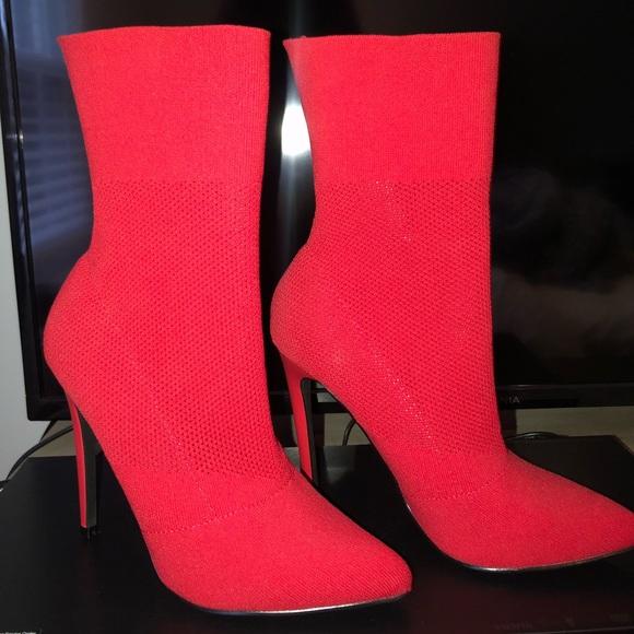 Suposiciones, suposiciones. Adivinar Tacto aleatorio  buy > steve madden red sock booties, Up to 75% OFF
